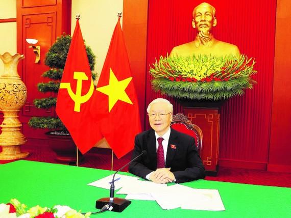 Tổng Bí thư Nguyễn Phú Trọng điện đàm trực tiếp với Tổng thống Liên bang Nga Vladimir Putin. Ảnh: TTXVN
