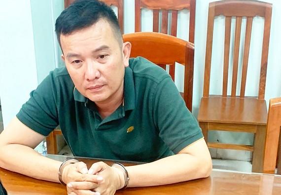 Đối tượng bị truy nã Trần Việt Hoàng