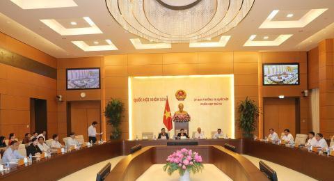 Quang cảnh phiên họp thứ 12 Ủy ban Thường vụ Quốc hội.