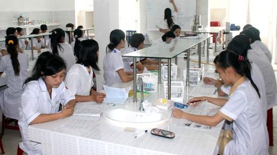 Sinh viên Trường Đại học Y Dược Cần Thơ trong giờ học