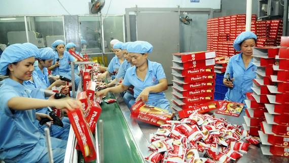Sản xuất bánh tại Công ty cổ phần Phạm Nguyên