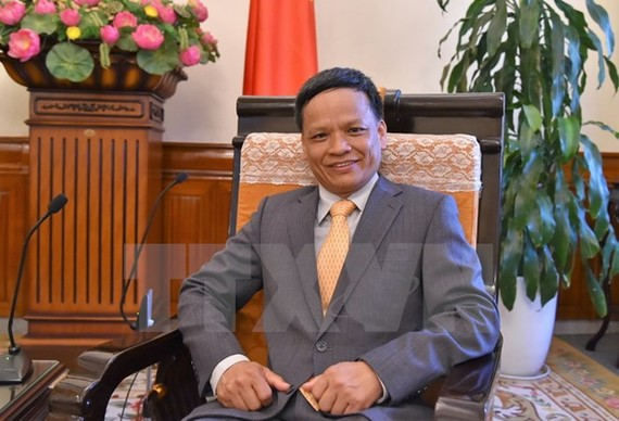 Tiến sỹ Nguyễn Hồng Thao, giảng viên Luật quốc tế tại Học viện Ngoại giao Việt Nam đã tham dự và phát biểu tại Hội thảo. Ảnh: TTXVN