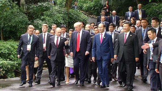Chủ tịch nước trần đại Quang cùng nguyên thủ các quốc gia tham dự Hội nghị Cấp cao APEC 2017