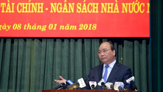 Thủ tướng yêu cầu chặt đứt nhóm lợi ích thao túng, hưởng lợi trên tài sản công. Ảnh: VGP