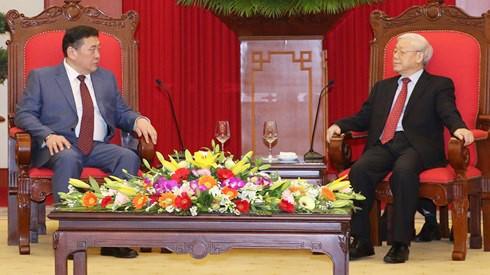 Tổng Bí thư Nguyễn Phú Trọng tiếp Chủ tịch Quốc hội Mông Cổ