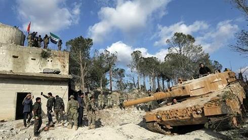 Lực lượng Thổ Nhĩ Kỳ và Quân đội tự do Syria tại khu vực phía Đông Bắc Afrin. Ảnh: Reuters