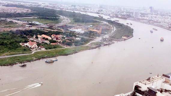 Chung tay bảo vệ nguồn nước sông Sài Gòn. Ảnh: PHAN LÊ