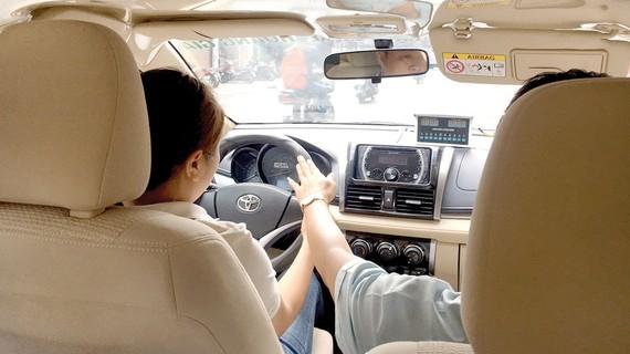 Tăng giờ học thực hành lái xe trên đường phố rất cần thiết