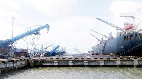 """Cần tiếp tục làm rõ những tổ chức, cá nhân nào đã """"bán rẻ"""" cảng Quy Nhơn"""
