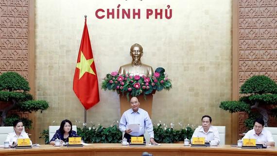 Thủ tướng Nguyễn Xuân Phúc, Chủ tịch Hội đồng Thi đua - Khen thưởng Trung ương phát biểu. Ảnh: Thống Nhất/TTXVN