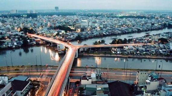 Cầu chữ Y phía Quận 5. Ảnh: Vanchuongphuongnam