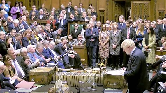 Thất bại trước Hạ viện khiến kế hoạch Brexit của Thủ tướng Anh Boris Johnson bị bế tắc. Ảnh: AP