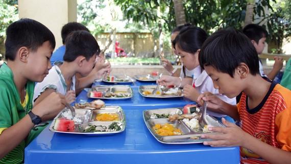 Bữa ăn học đường hợp lý giúp trẻ phát huy tối đa tiềm năng về thể chất và trí tuệ