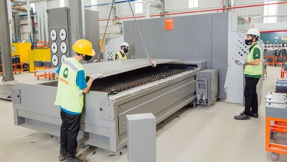 Nhà máy công nghệ cao Schindler Việt Nam đi vào hoạt động