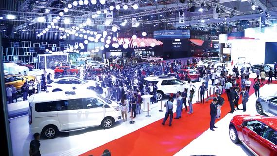 Vietnam Motor Show 2019 vượt 200.000 lượt khách tham quan