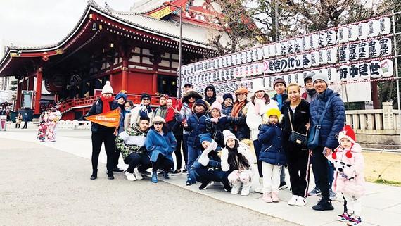 Đoàn khách TST tourist đón năm mới ở Nhật Bản