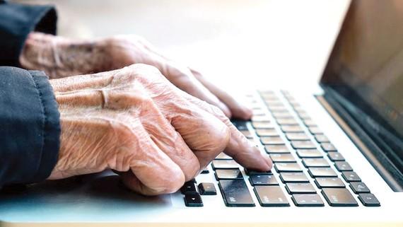 Bồ Đào Nha hướng đến mục tiêu xoá mù công nghệ cho người cao tuổi
