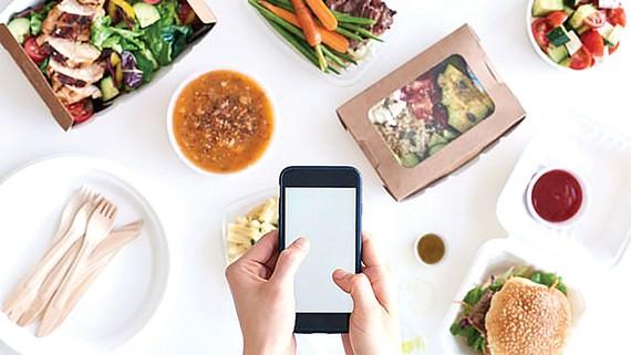 Dịch vụ đặt đồ ăn trực tuyến nở rộ