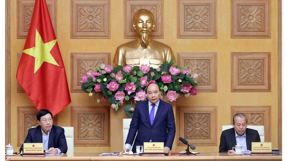 Thủ tướng Nguyễn Xuân Phúc phát biểu tại cuộc họp. Ảnh: TTXVN