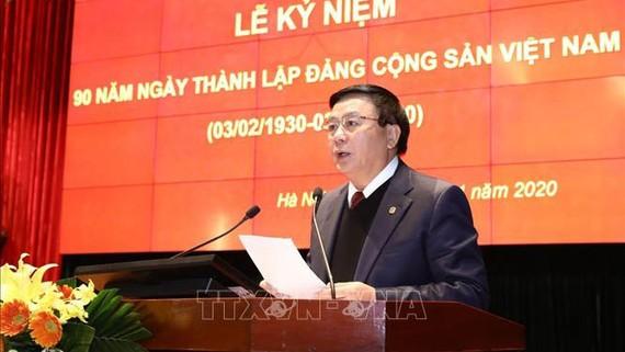Giám đốc Học viện Chính trị quốc gia Hồ Chí Minh đọc diễn văn tại Lễ mít tinh. Ảnh: Văn Điệp/TTXVN