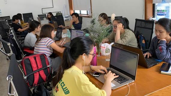 Tại SIHUB, các startup được hỗ trợ không gian làm việc và được kết nối khi muốn tìm đối tác, mở rộng thị trường