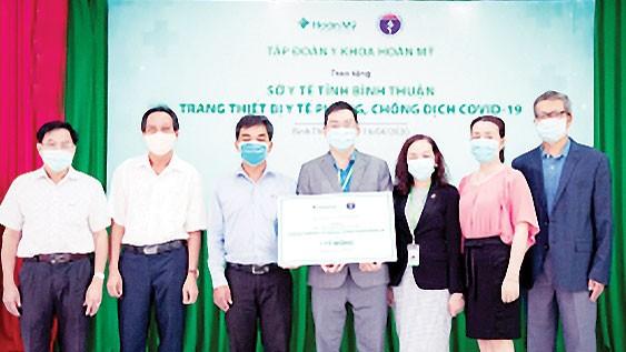 Tập đoàn Y khoa Hoàn Mỹ hỗ trợ tỉnh Bình Thuận phòng chống Covid-19