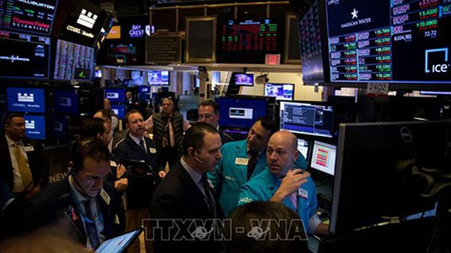 Giao dịch viên tại Sàn giao dịch chứng khoán New York, Mỹ. Ảnh minh họa: TTXVN