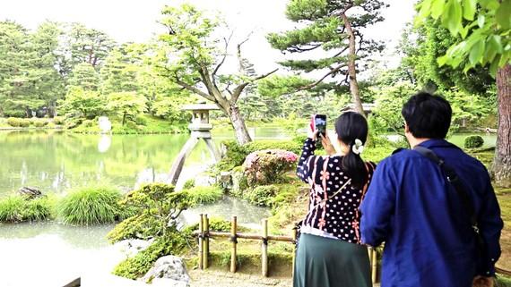 Người Nhật bắt đầu đi du lịch