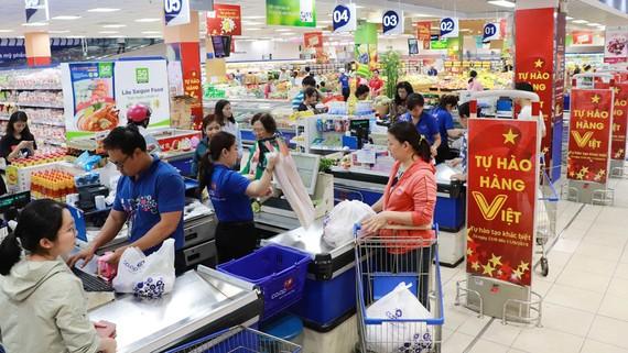 Hàng Việt hiện chiếm trên 90% trong hệ thống Co.opmart (ảnh chụp tháng 6-2020)