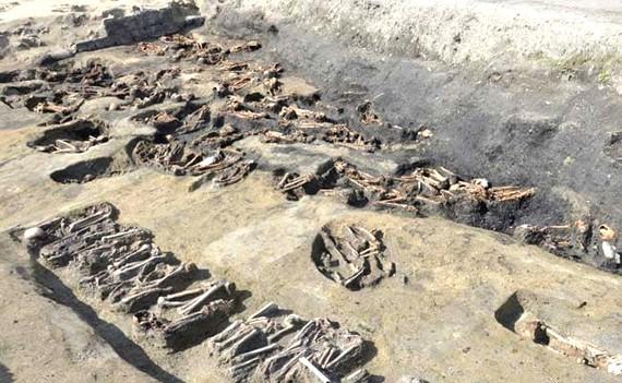 Phát hiện hàng trăm mộ cổ ở Osaka