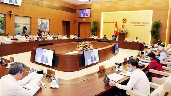 Một phiên họp của Ủy ban Thường vụ Quốc hội. Ảnh: Trọng Đức/TTXVN