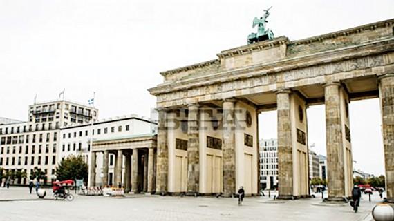Thủ đô Berlin (Đức) vắng vẻ vì dịch bệnh bùng phát