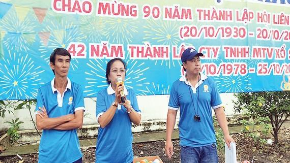 Bà Phan Thị Sang, P.TGĐ Công ty, Chủ tịch CĐCS công ty phát biểu khai mạc