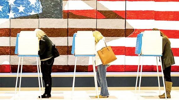Cử tri Mỹ đi bầu sớm. Ảnh: AP