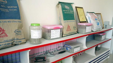 Sản phẩm từ tro, xỉ nhiệt điện của Công ty Cổ phần Sông Đà Cao Cường. Ảnh: VGP
