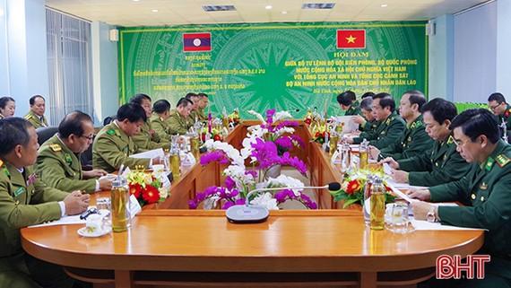 Toàn cảnh buổi hội đàm. Nguồn: Baohatinh.vn