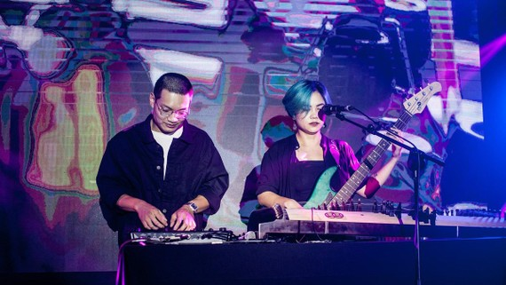 Nhóm nhạc Limebócx sẽ biểu diễn trong chương trình đầu tiên của dự án LiveSpace Vietnam. Ảnh: NVCC