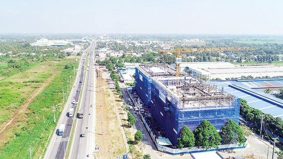 Hòa Bình được khen thưởng 320 triệu đồng trong dự án đầu tiên tại Vĩnh Long