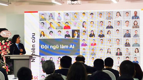 Giới thiệu về đội ngũ những người nghiên cứu AI của Trung tâm Nghiên cứu quốc tế về AI tại lễ khai trương
