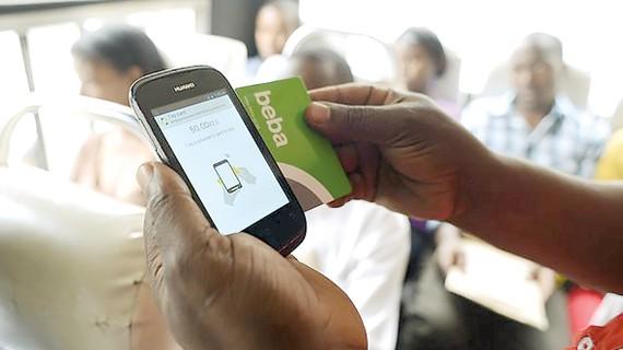 Thanh toán di động phổ biến tại châu Phi