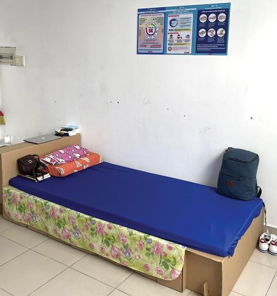 SCGP tặng giường giấy hỗ trợ tuyến đầu
