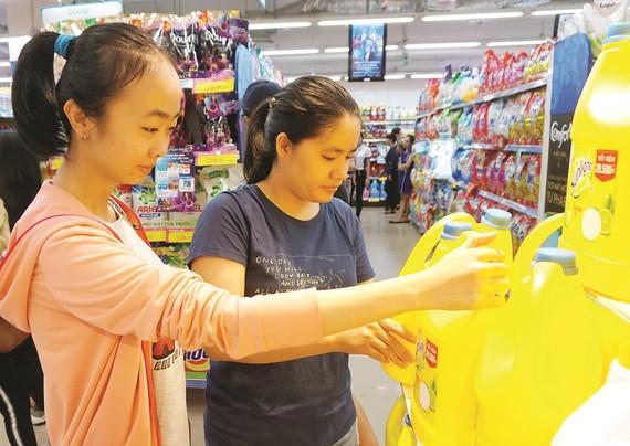 Hàng Việt góp phần tạo nên thương hiệu siêu thị Việt - Co.opmart gần gũi và quen thuộc