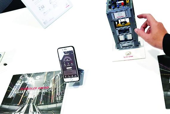 Ra mắt giải pháp IoT cho thang máy và thang cuốn Schindler Ahead