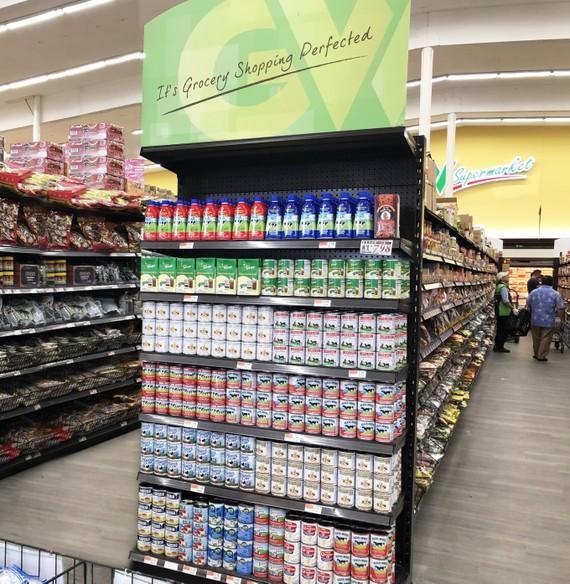 Sản phẩm sữa đặc của Vinamilk đang được bán trong các siêu thị tại Mỹ