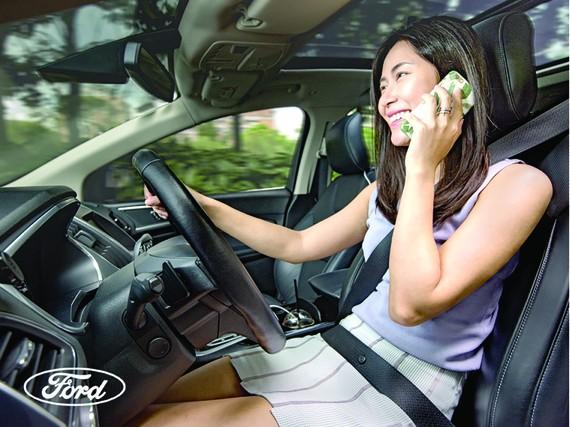Những mối phân tâm không ngờ tới khi lái xe hàng ngày và cách để phòng tránh