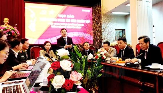 """Họp báo giới thiệu về dự phim tài liệu """"Việt Nam thời đại Hồ Chí Minh - Biên niên sử truyền hình"""" dài 90 tập. Ảnh: hcmcpv.org.vn"""