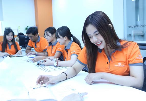 Hanwha Life Việt Nam có đội ngũ tư vấn tài chính lên đến 44.000 người
