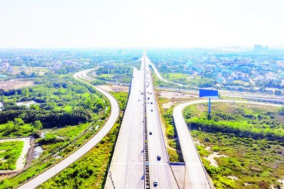 Việc đẩy mạnh phát triển hạ tầng giao thông tạo động lực cho Đồng Nai bứt phá