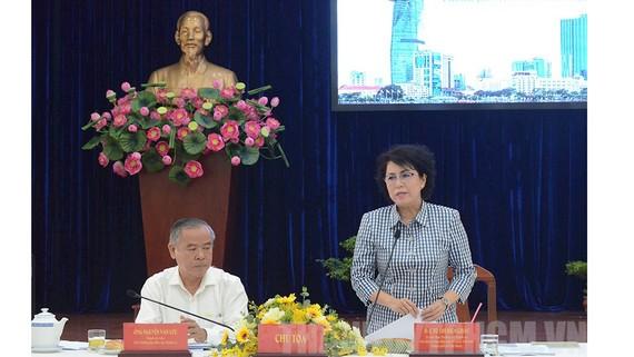 Chủ tịch Ủy ban MTTQ Việt Nam Tô Thị Bích Châu phát biểu kết luận tại tọa đàm. Ảnh: thanhuytphcm.vn