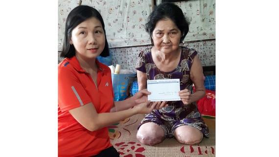 137,8 triệu đồng giúp bệnh nhân nghèo